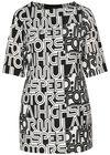 Kleid in entspannter Passform mit Buchstaben-Print, Schwarz / Creme